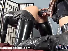 kinky lesbian twosome with delicious sex bombs