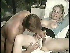moana pozzi has sex in le calde labbra di moana (1990)
