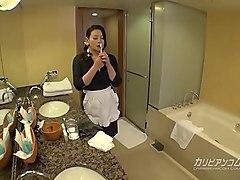 淫美熟女 ホテル客室係 1