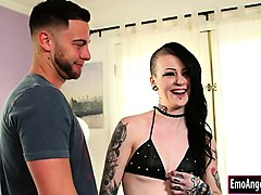 newbie mallory maneater anal pumped for the first time