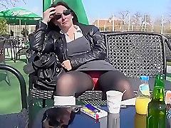 Exhibitionist brunette gal upskirt