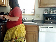 Sexy BBW Thanksgiving Mom Bakes Cookies