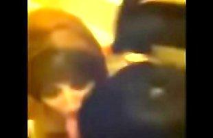 Primas borrachas me chupan la verga en el ba&ntilde_o | VIDEO COMPLETO EN ito.mx/Lh4c
