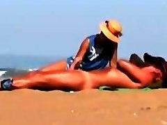 Beach handjob 3