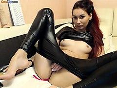 webcam girl nice pussy and hardcore anal masturbation