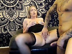 Seductive webcam milf in stockings gets fed a throbbing pole