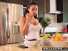 brazzers - baby got boobs - mary jean and jes