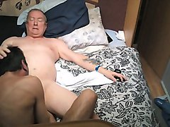 Dad feeling horny pounds my tuga ass good