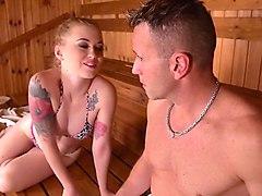 Deepthroat in the sauna