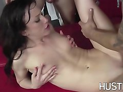 Cheerleader Jennifer White facialized by hung trio