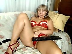 nice thick russian mature masterbating in her panties