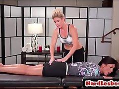 India Summer &amp_ Jaye Summers - Hot lesbians try massage