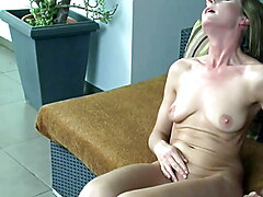 Hot mature Michelle Gaia - Sesual solo