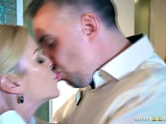 alexis fawx goes on top rides keiran lee