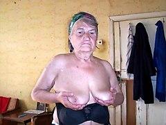 slideshow number 42 (#granny #oma #grandma)