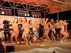 com, txxx, naked on stage, on stage, women