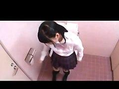 Japanese schoolgirl masturbation2