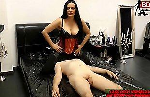 Atemkontrolle von deutscher BDSM fetisch Dominia beim Userdate