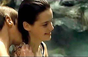 Sheitan (2006) - Roxane Mesquida