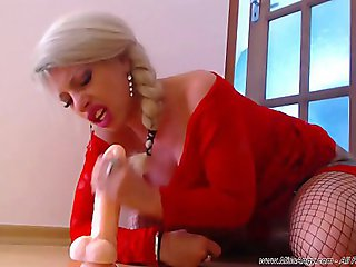 MissAngyxxx Chaturbate model riding cock in cow reverse and sloppy blow job show deepthroating