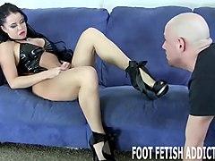 worship my feet like the goddess i am