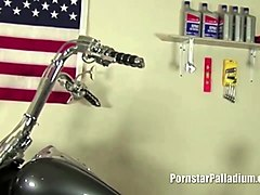 Biker Babe lubes his boyfriend engine