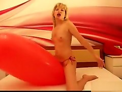 SexyLoonerGirl - strip on a balloon