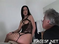 Startling bimbo gets seduced and fucked
