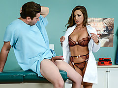 Abigail Mac & Preston Parker in Ride It Out - Brazzers