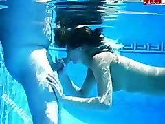 Underwater 포르노 영화를